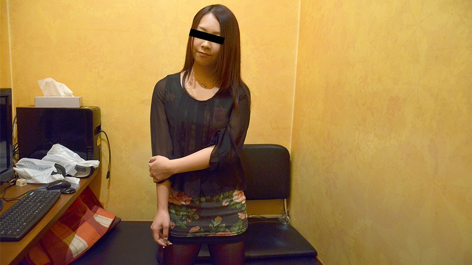 10Musume 042220_01 Maki Kujo Office Worker Has A Part-Time Job As Sexual Services During Lunch Break