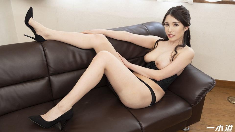 1Pondo 051620_001 Glamorous Nana Kamiyam