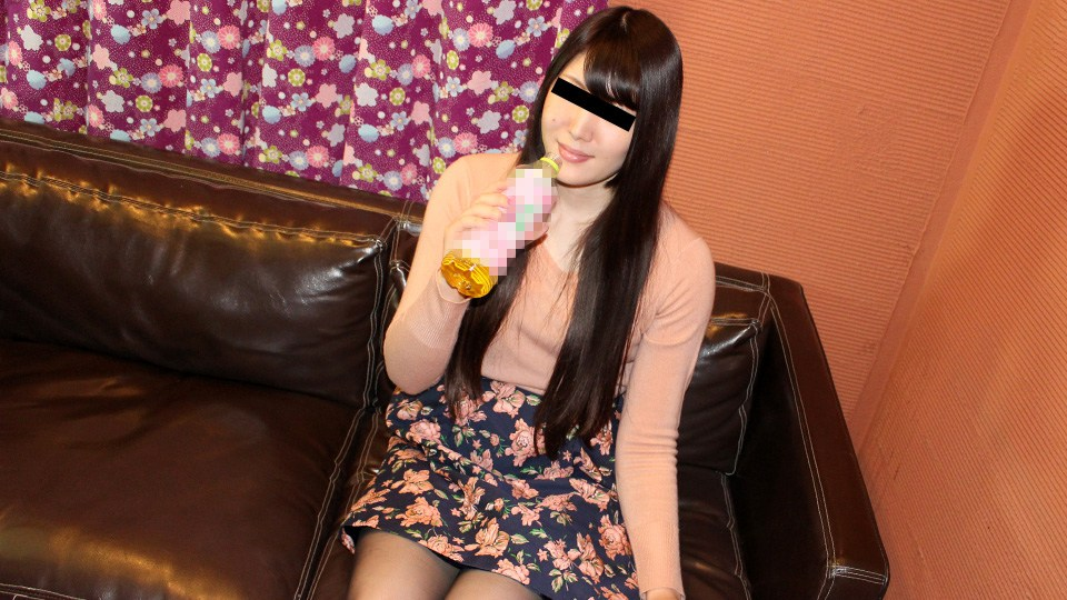 10Musume 062020_01 Kasumi Kawakami Amateur's first shot! You can remove the condom, but don't let it go inside