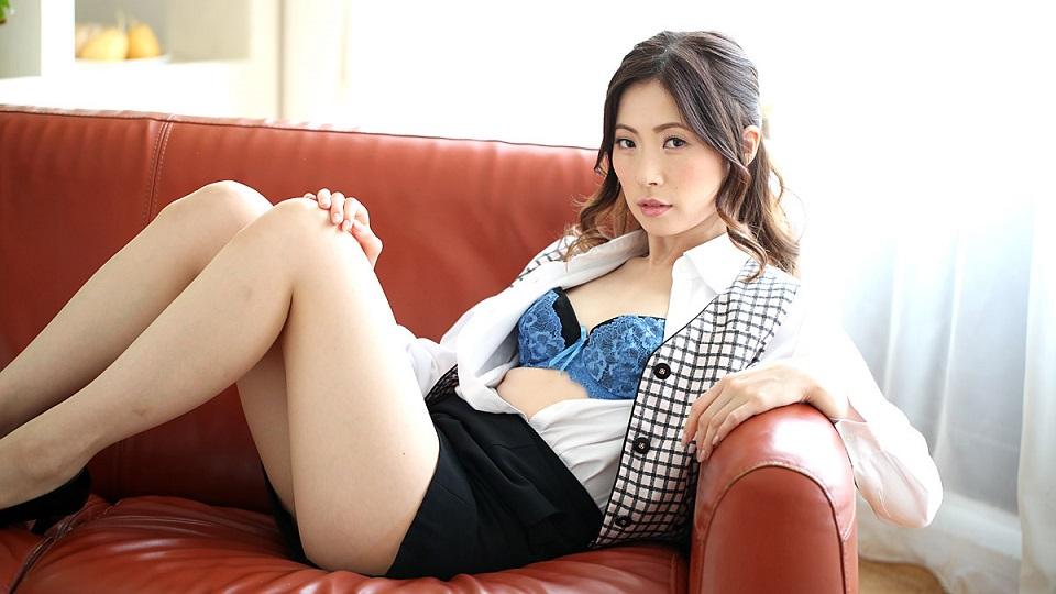 1Pondo 122719_947 Yui Shinjo Interview in Yui Shinjo of the slender beauty of appeared