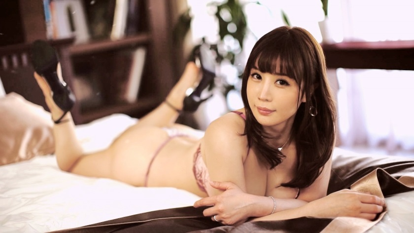 259LUXU-1266 In order to fill the heart that the wife, who has a glamorous body and looks neat, could not satisfy with money