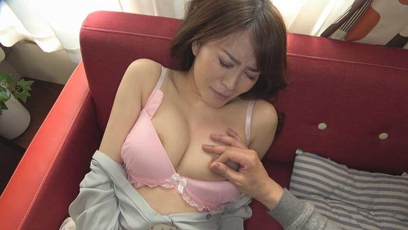 279UTSU-422 Yuka