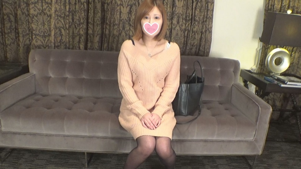 FC2PPV-1069650 so that boxed daughter Mana-chan new face OL (22 years old) in Tokyo will be four-on-one crawling and ass While massaging while being squeezed