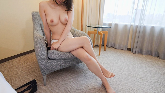 FC2 PPV 1175603 Individual Best forty years old Beautiful breasts slender married woman 40 years old, licking Kikumon and screaming