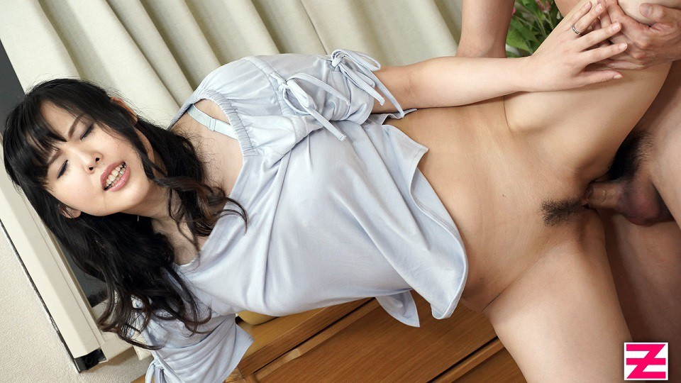 HEYZO 1876 Ueno Manami Doggy Style -Lovely Housekeeper In Hot Pants Is So Hot