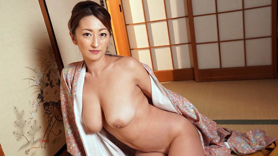 HEYZO 1915 Rena Tormenting Landlady With Sexual Lesson