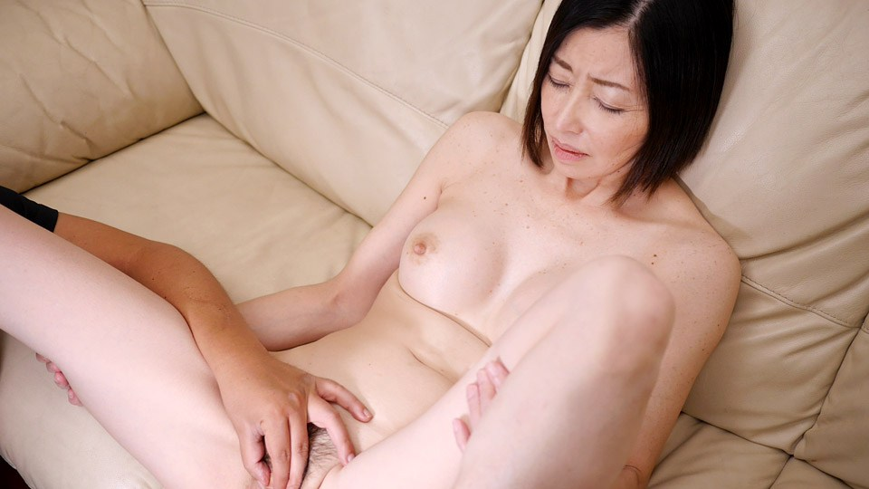 Pacopacomama 010219_003 Mature wife pamphlet 108