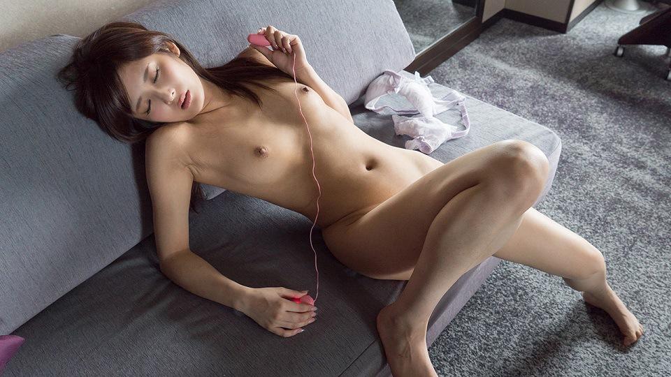 S-Cute 422_iori_04 Masturbation / Iori leave yourself in the bleeding out pleasure